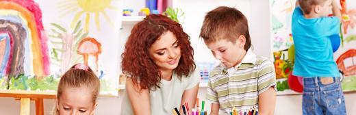 Postgrado en Talleres y Rincones de Juegos y Expresión Plástica y Artística en Educación Infantil (Doble Titulación con 4 Créditos ECTS)- RedEduca